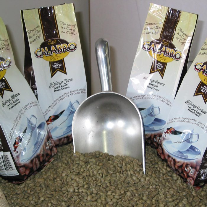 calabro-coffee-grinded-227g-bag
